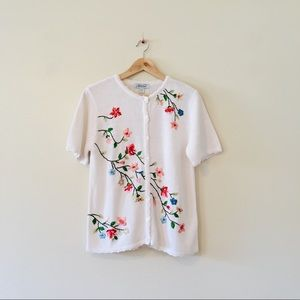 Vintage white knit embroidered floral shirt top S